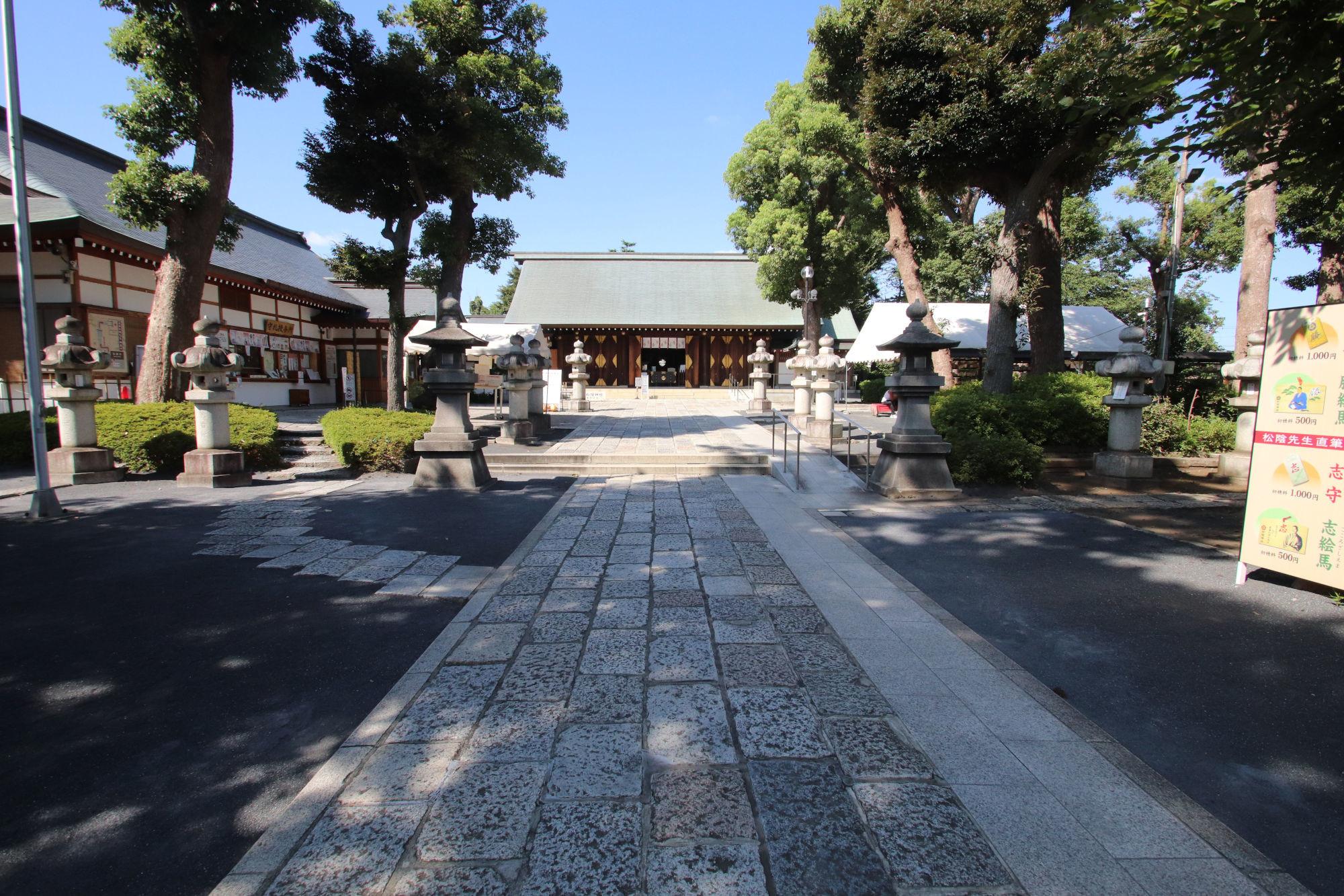 松陰神社の拝殿