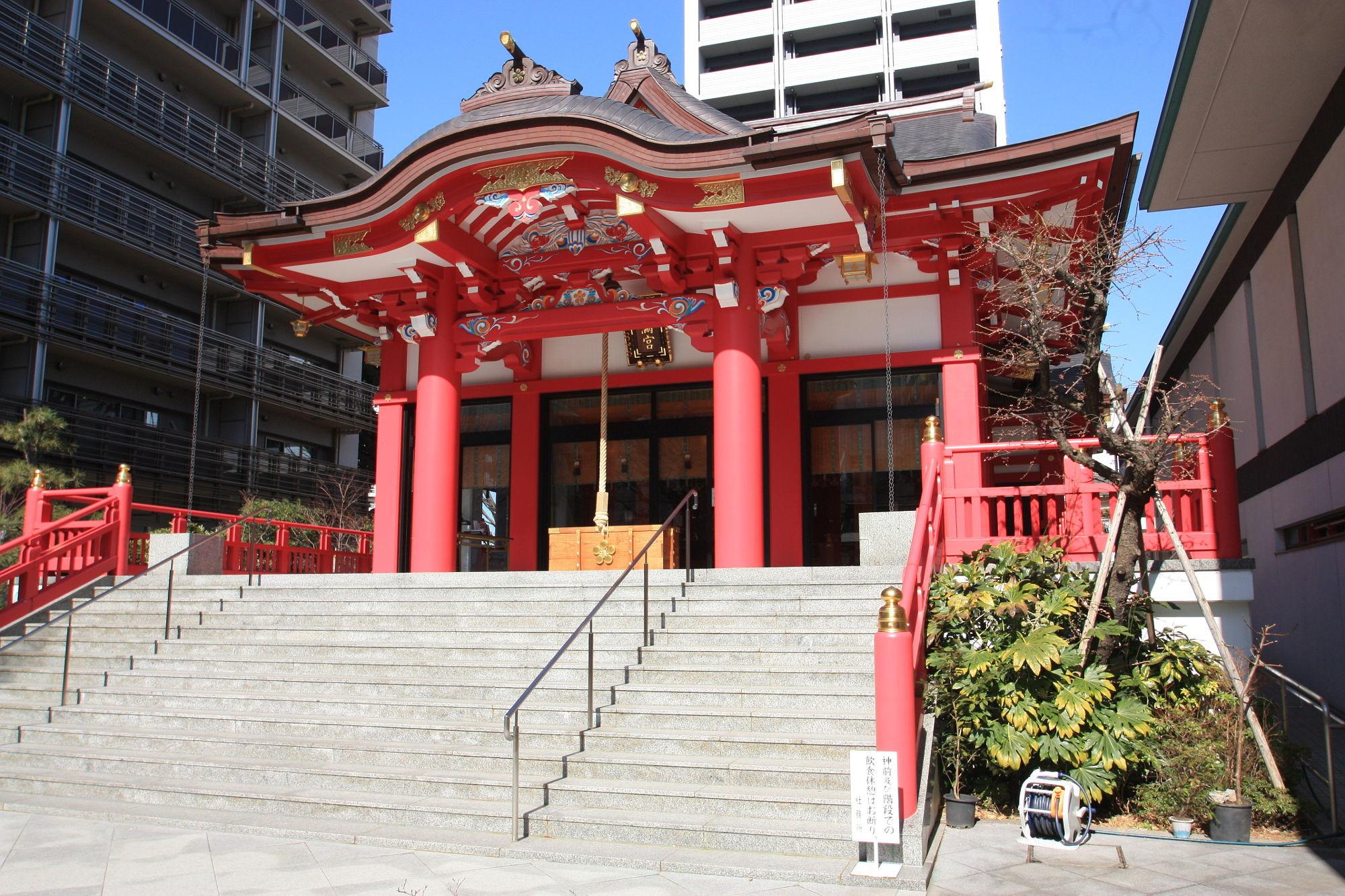 成子天神社の本殿(拝殿)
