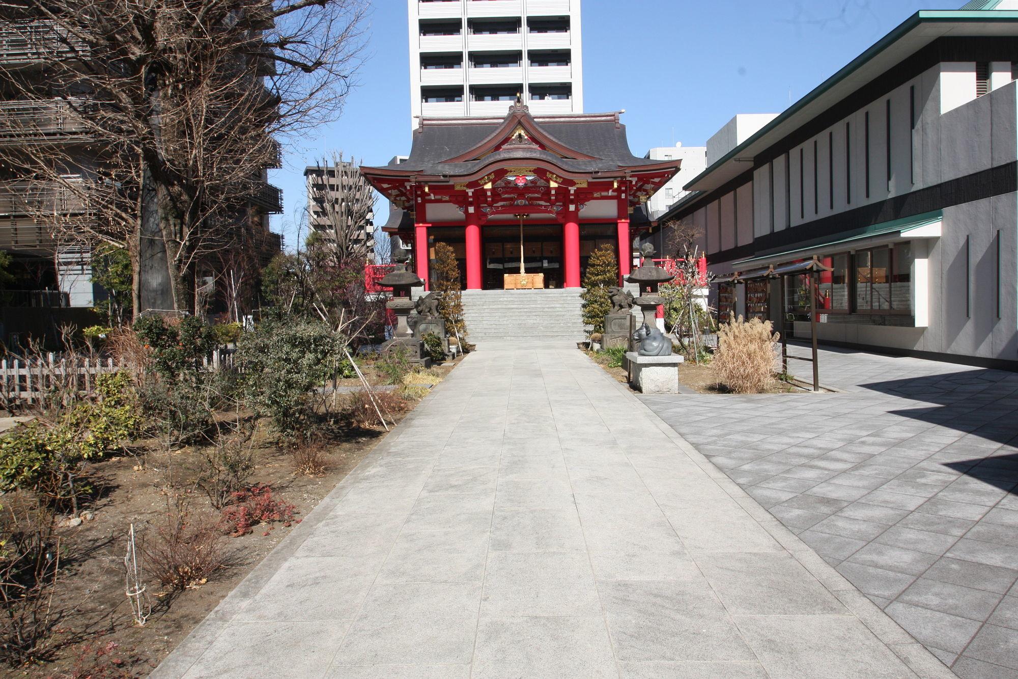 成子天神社の境内
