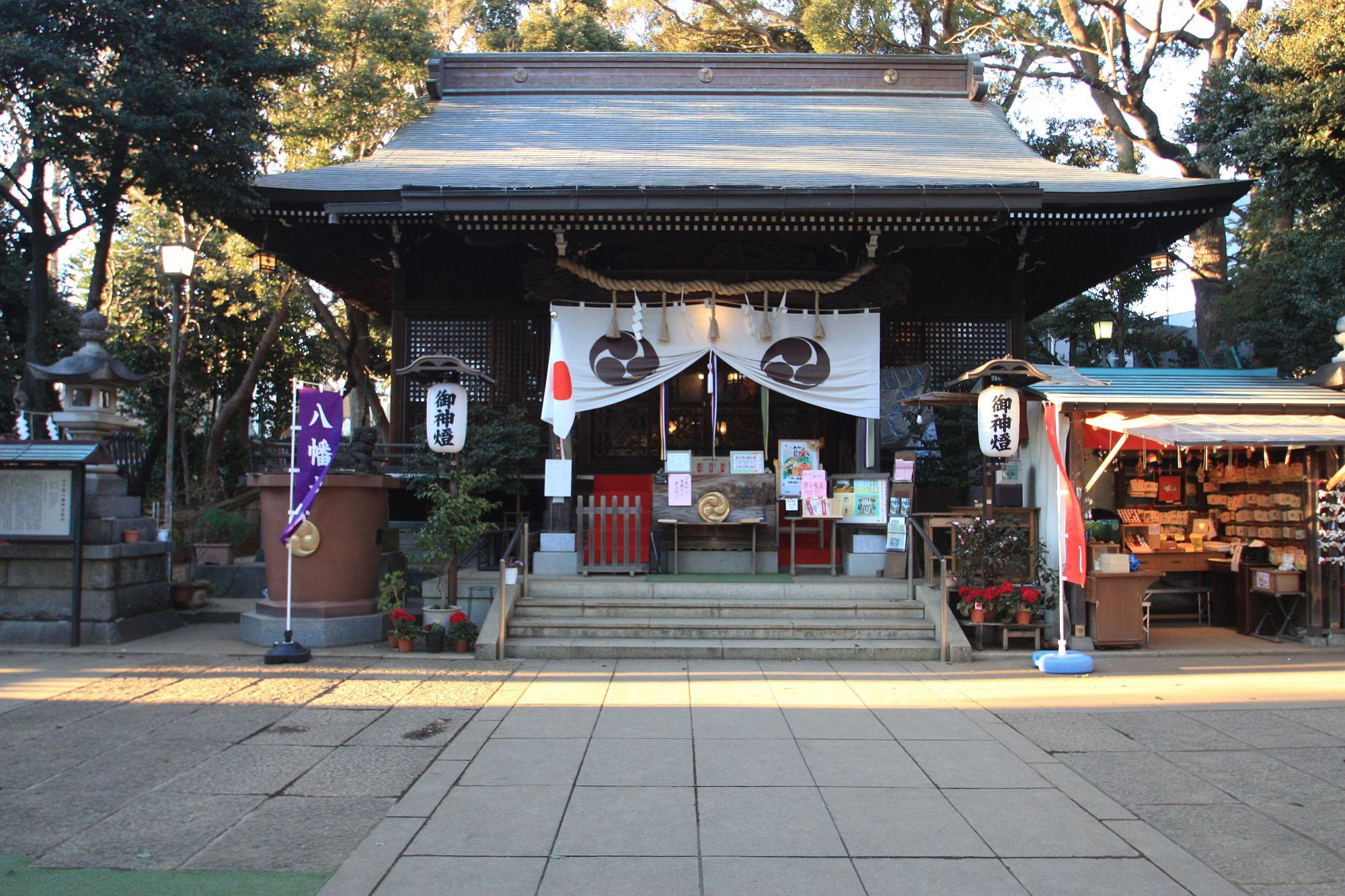 太子堂八幡神社の本殿(拝殿)