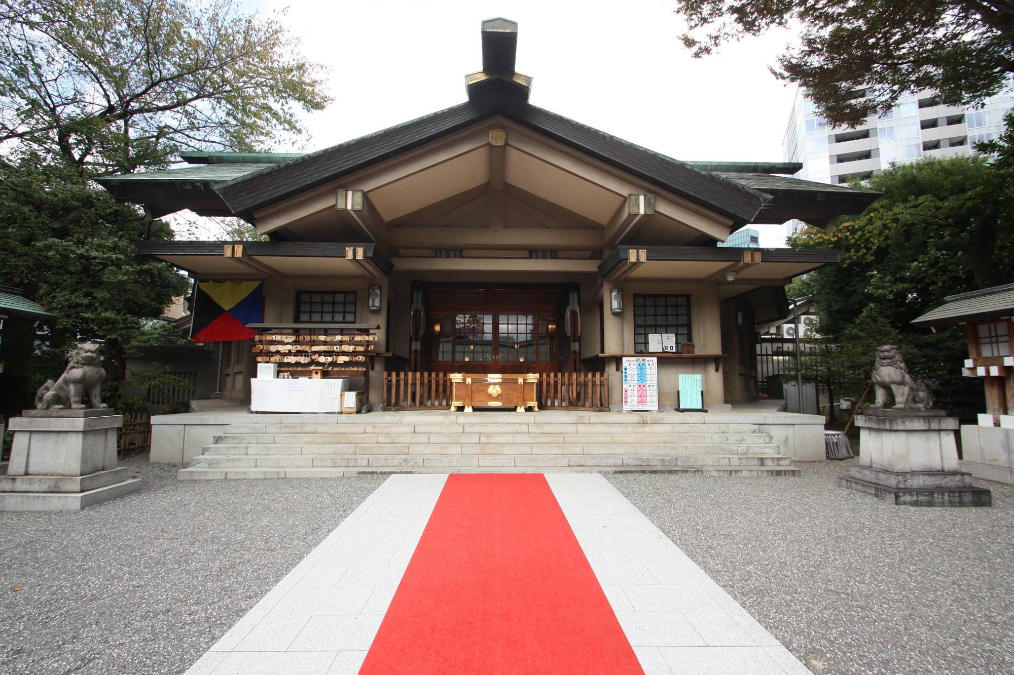 東郷神社の社殿
