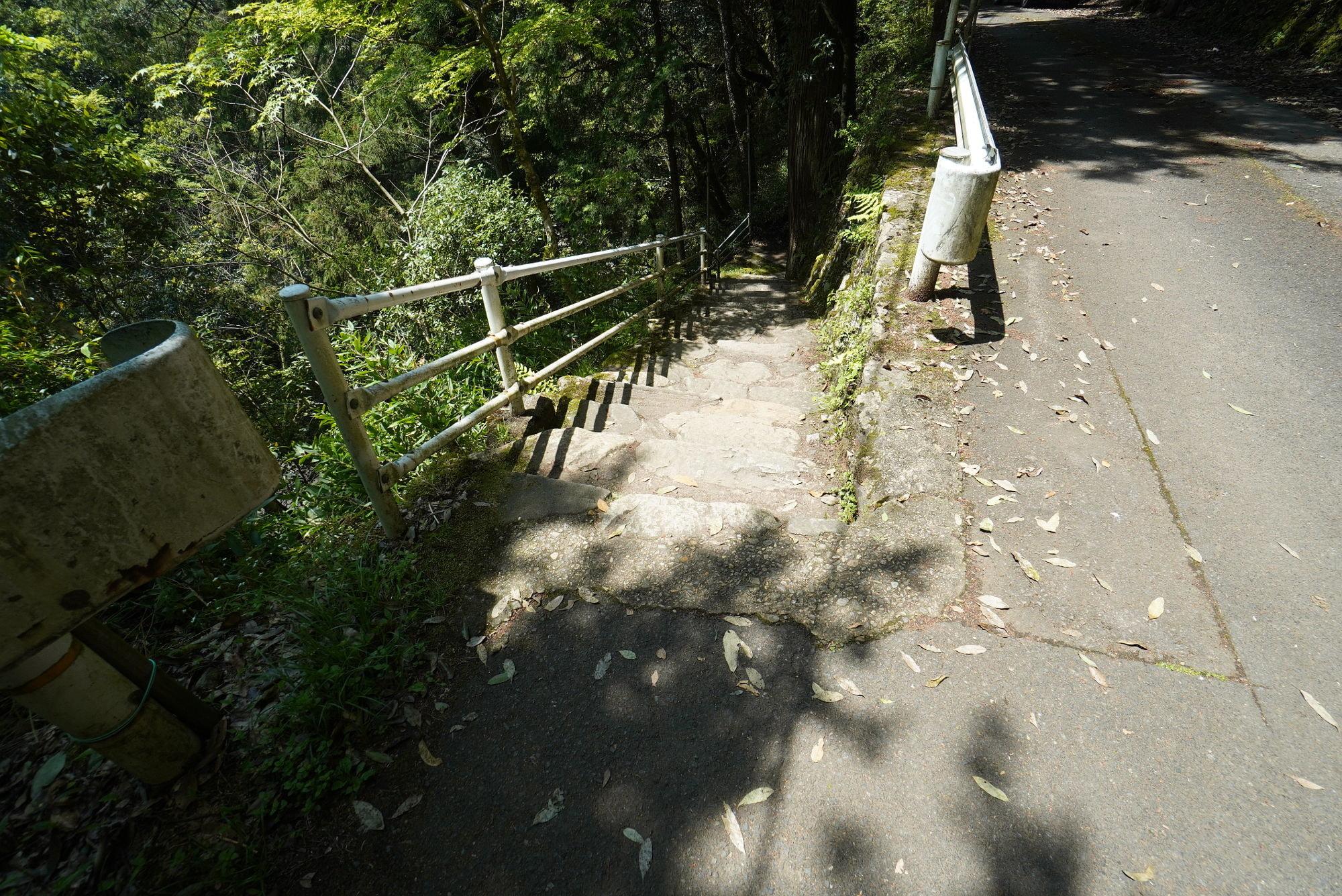 天岩戸神社への階段