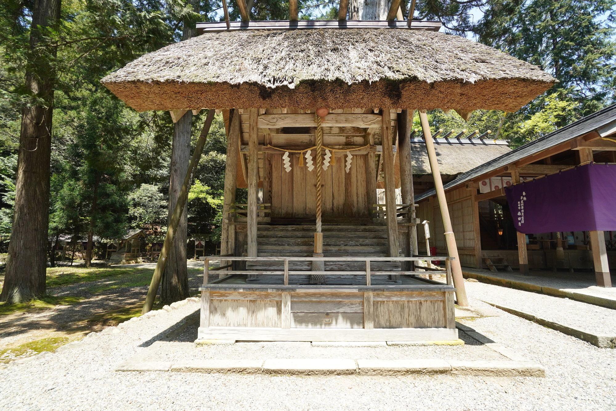 栲機千千姫神社(栲機千々姫神社)