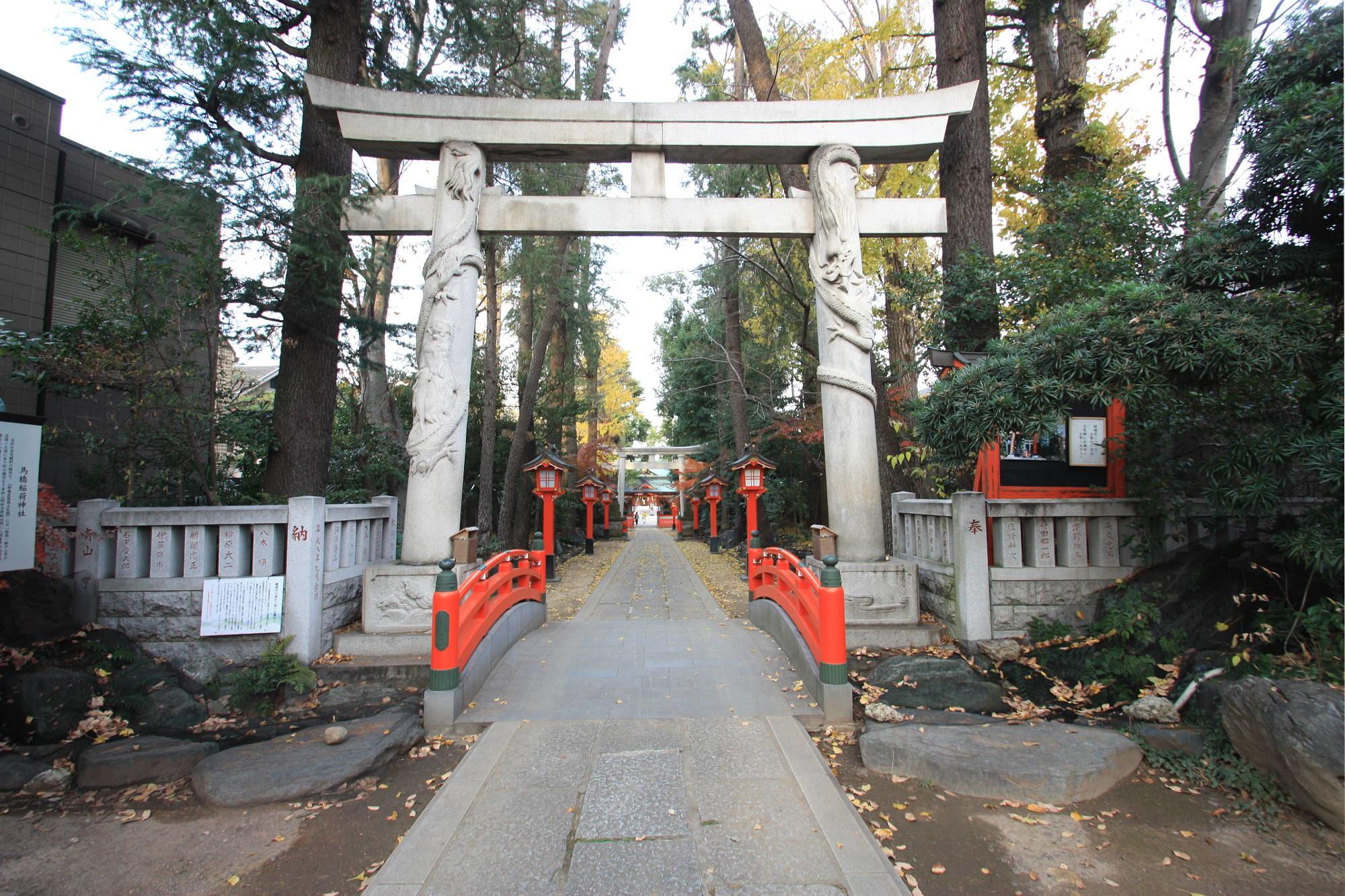 馬橋稲荷神社 二の鳥居(双龍鳥居)