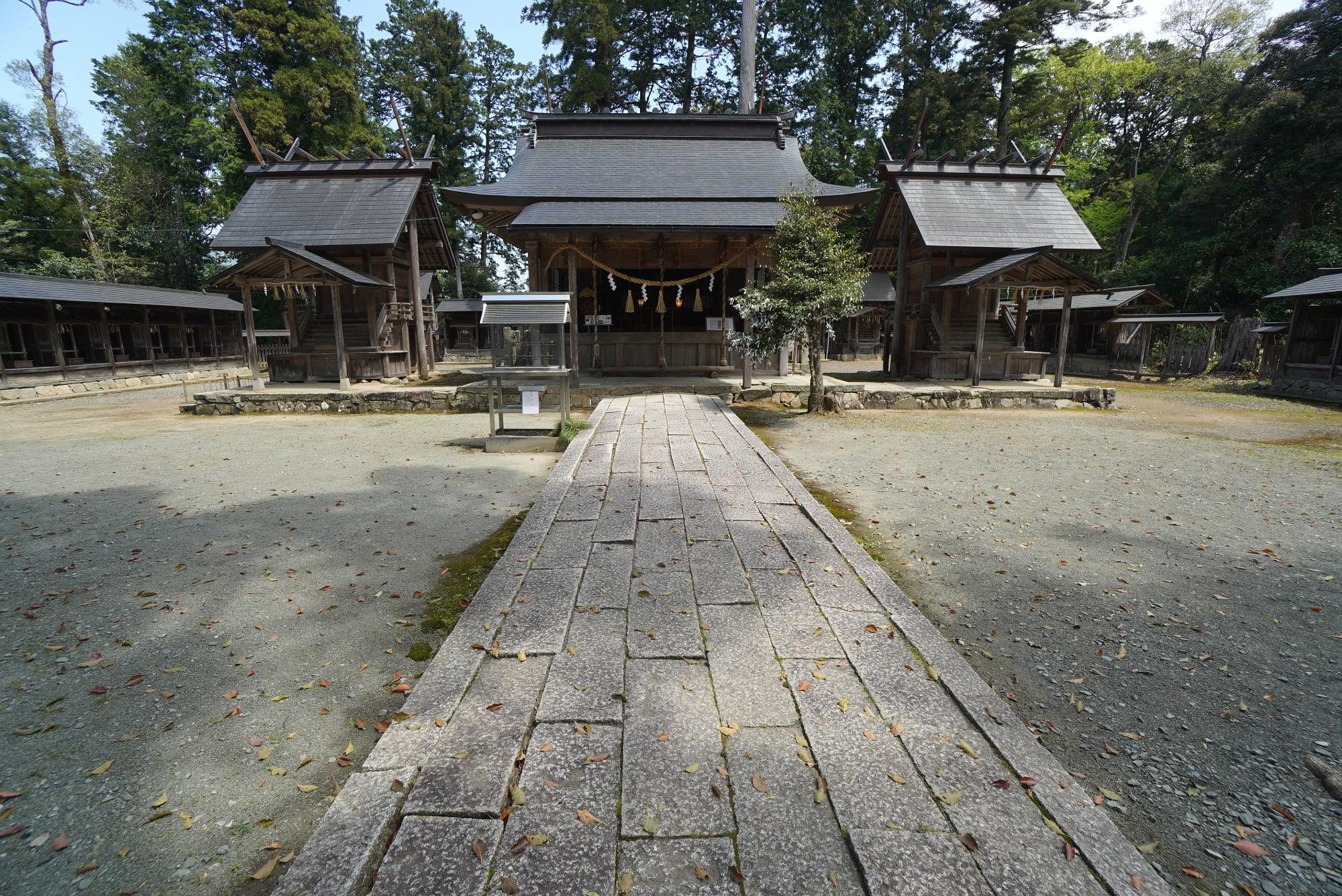豊受大神社の境内