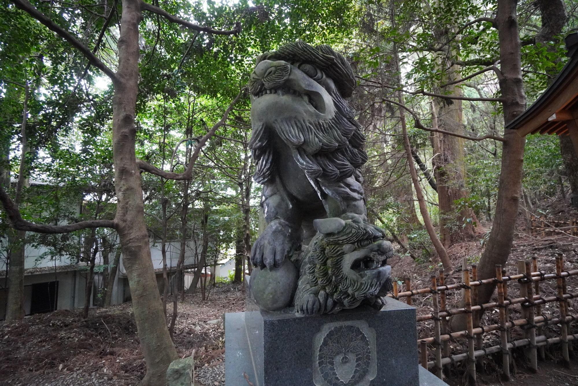 高千穂神社の狛犬