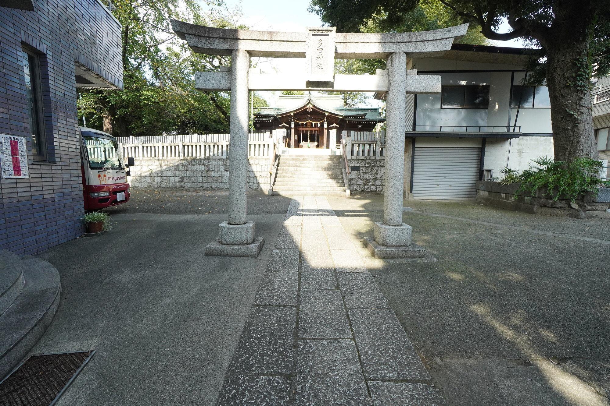 多田神社の2つ目の鳥居